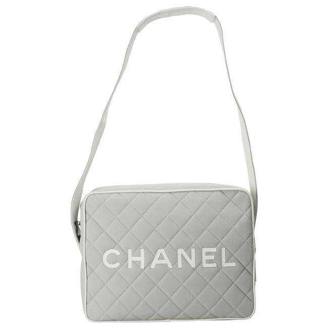Item - Messenger Light Grey/White Quilted Canvas and Leather Shoulder Bag