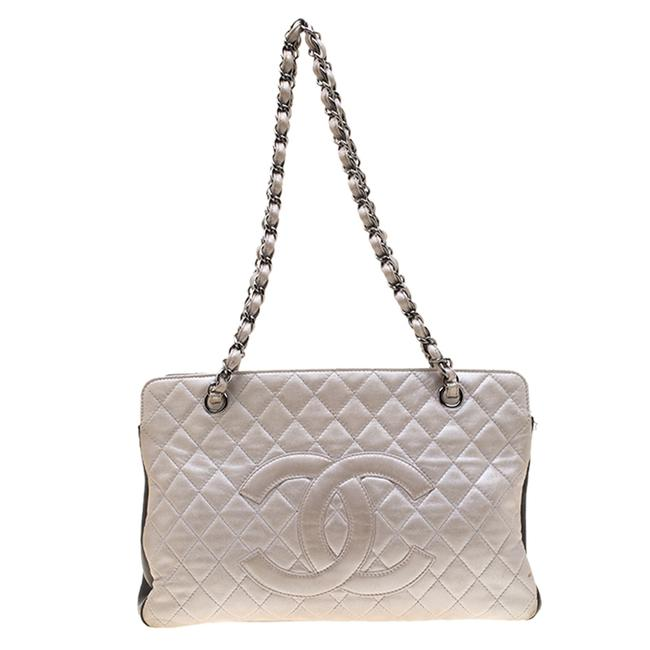 Item - Shoulder Bag Metallic Silver/Brown Quilted Leather Cc Logo Zip Tote