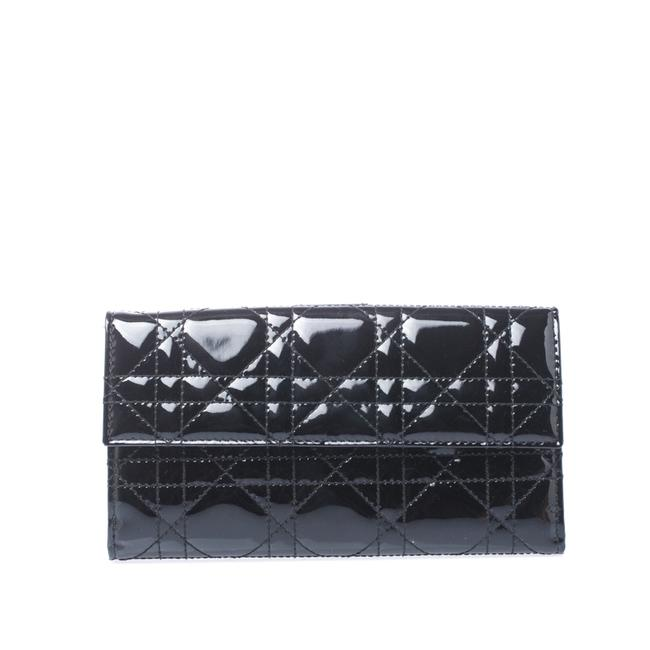 Item - Lady Black Cannage Patent Leather Wallet