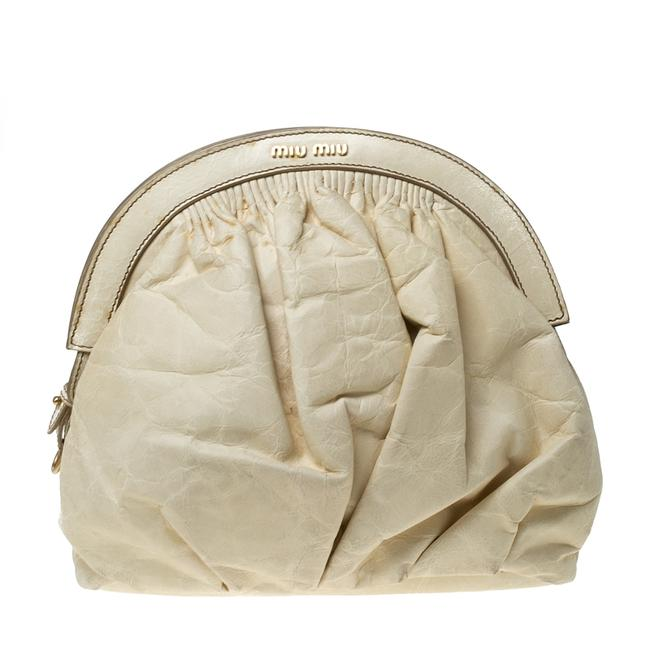 Item - Cream Leather Frame Clutch