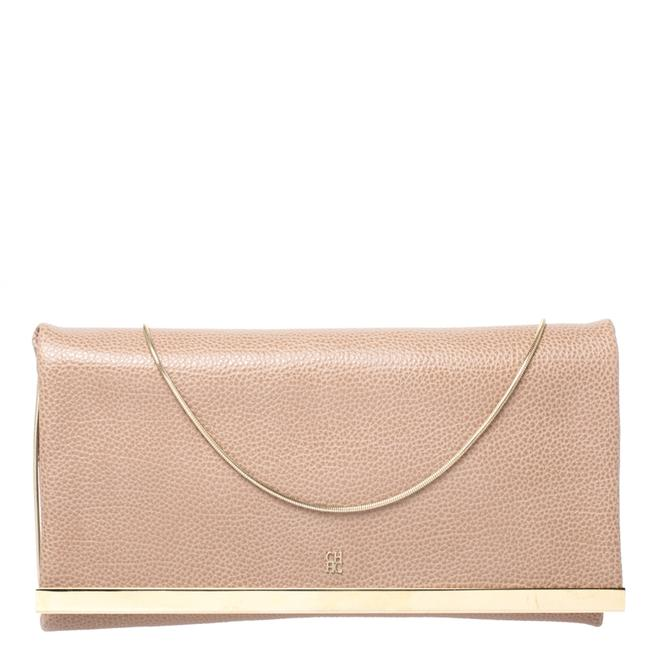 Item - Beige Leather Chain Clutch