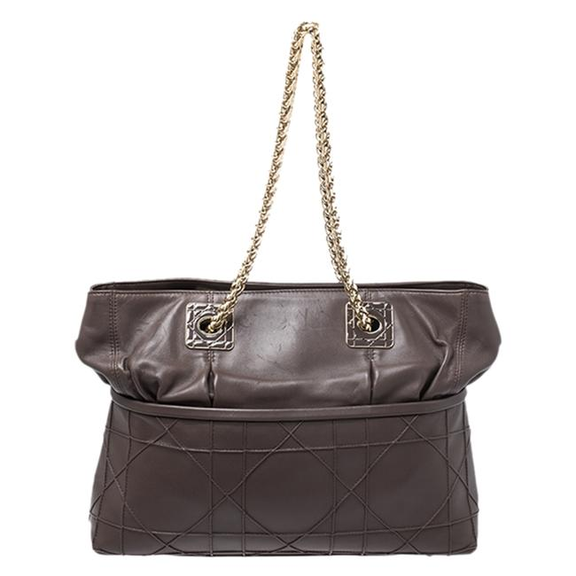 Item - Brown Cannage Leather Granville Chain Link Tote