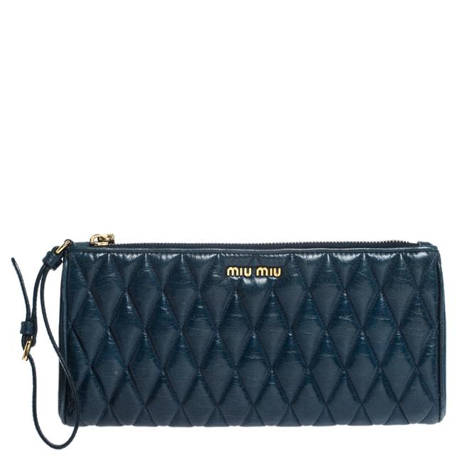 Item - Blue Diamond Quilted Leather Zip Wristlet Clutch