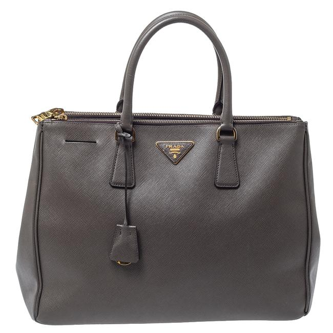 Item - Double Lux Grey Saffiano Leather Large Zip Tote