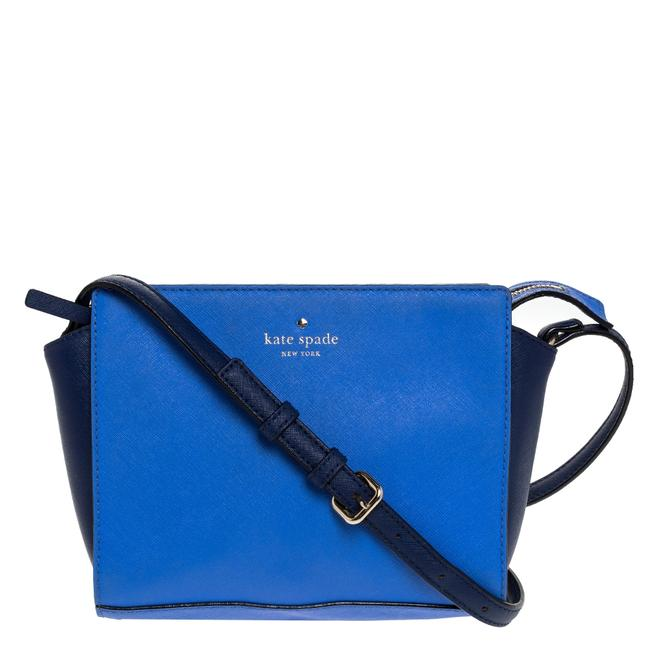 Item - Crossbody Blue Leather Cedar Street Shoulder Bag