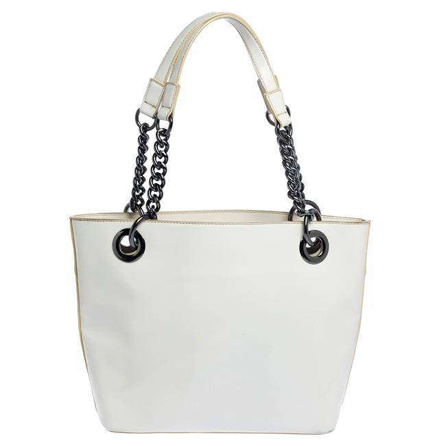 Item - White Patent Leather Chain Tote