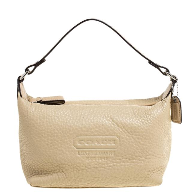 Item - Grained Leather Pochette Bag Clutch