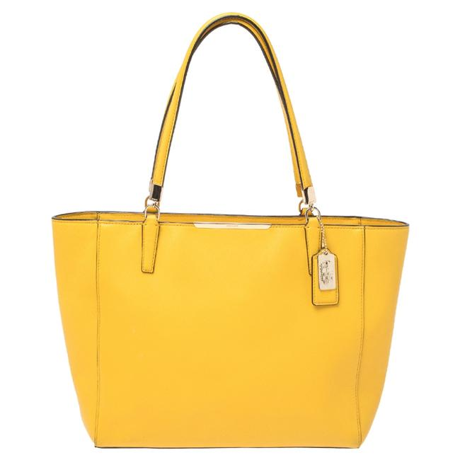 Item - Yellow Leather Park Metro Tote