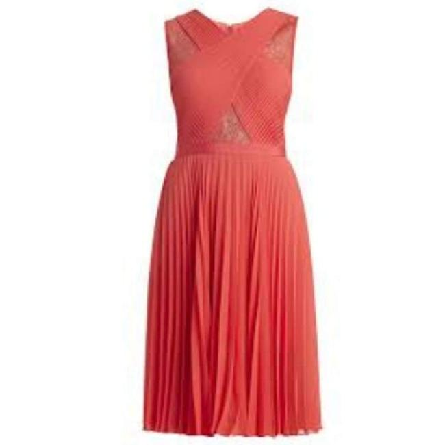 Item - Abbie Sleeveless Pleated Contrast-lace Casual Maxi Dress