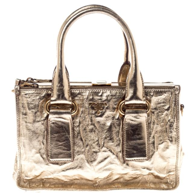 Item - Double Gold Patent Leather Zip Frame Tote