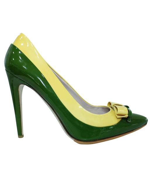 Item - Green and Yellow Patent Leather Pumps with Bow -pre Owned Formal
