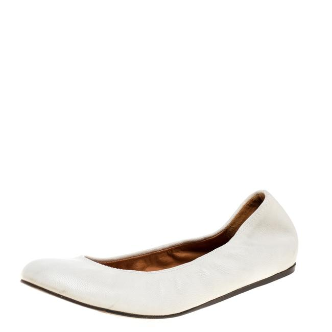 Item - White Leather Scrunch Ballet Size 37.5 Flats