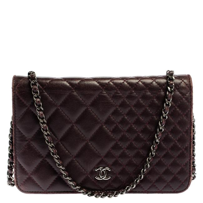 Item - on Chain Plum Quilted Leather Classic Wallet