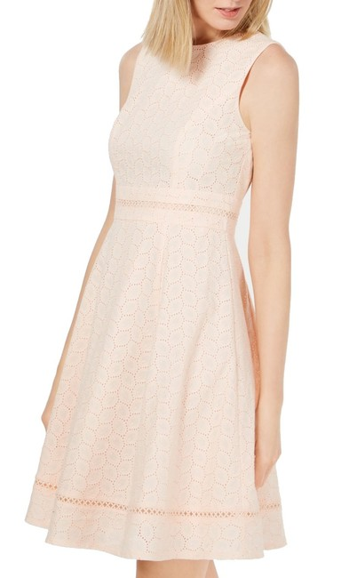 Item - Women's A-line Pink Size 2 Eyelet Sleeveless Cocktail Dress