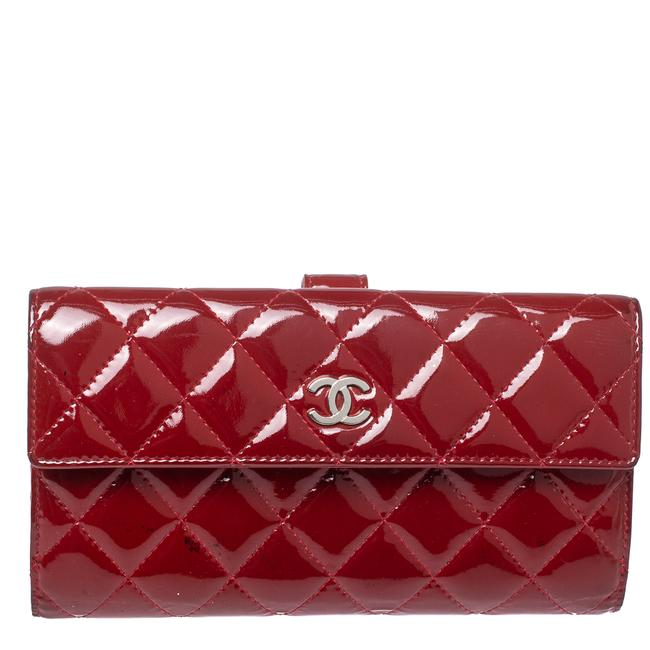 Item - Red Quilted Patent Leather Cc Brilliant Wallet