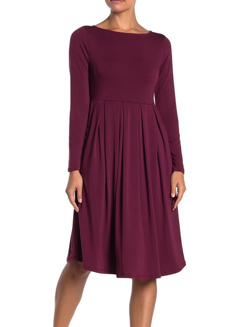Item - Women's Wine Red Size Small Ps Petite A-line Pleated Cocktail Dress