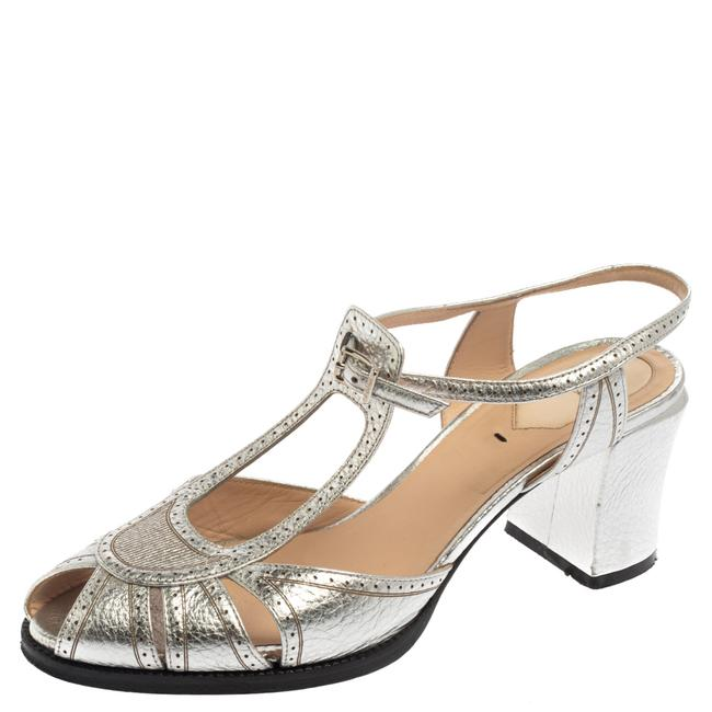 Item - Metallic Silver Leather Chameleon Ankle Strap Size 39 Sandals