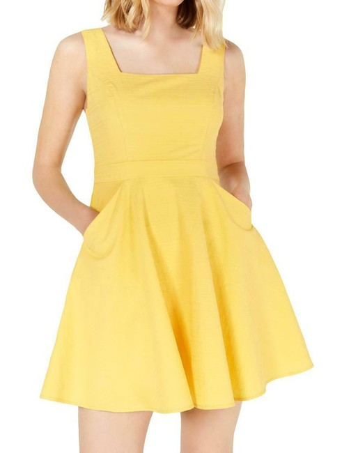Item - Yellow Size 1 Junior Square Neck Texture Woven A-line Formal Dress