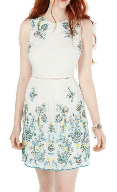 Item - White Ivory Size 1 Junior's A-line Embroidered Cocktail Dress