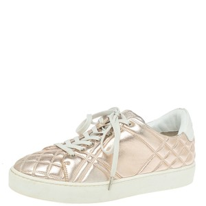 Burberry Metalic Pink Quilted Leather Westford Low Top Sneakers Size 37.5 Athletic Burberry Metalic Pink Quilted Leather Westford Low Top Sneakers Size 37.5 Athletic
