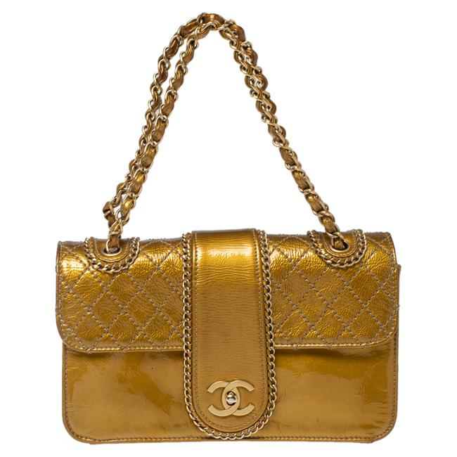 Item - Classic Flap Gold Quilted Patent Leather Medium Madison Shoulder Bag