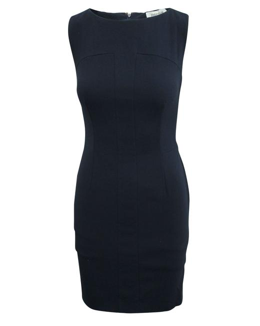 Item - Yves Navy Blue Fitted -pre Owned Condition Very Formal Dress