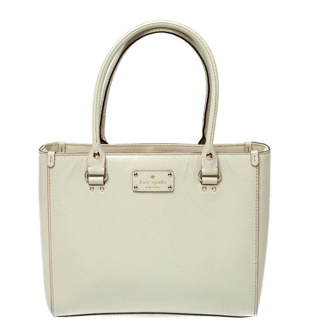 Item - Ivory Leather Wellesley Quinn Tote