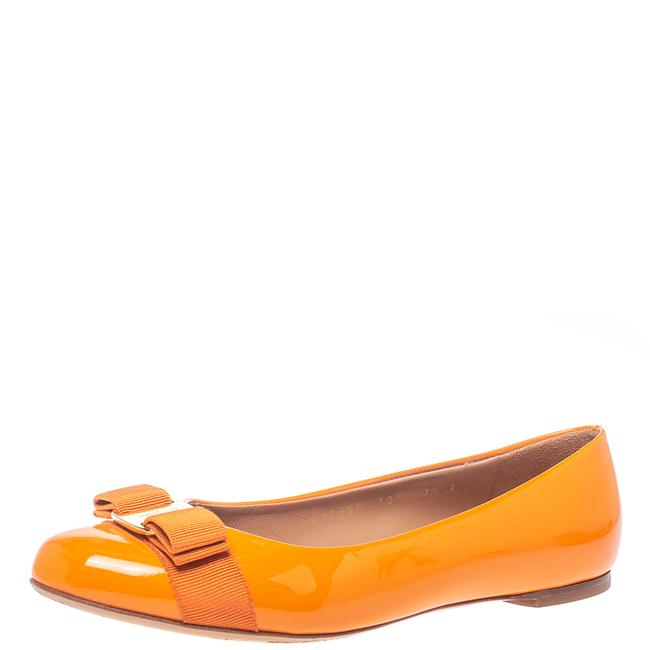 Item - Yellow Patent Leather Vara Bow Ballet Size 38 Flats