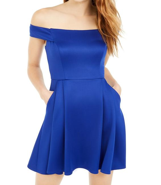 Item - Royal Blue Size 5 Junior A-line Off Shoulder Fit & Cocktail Dress