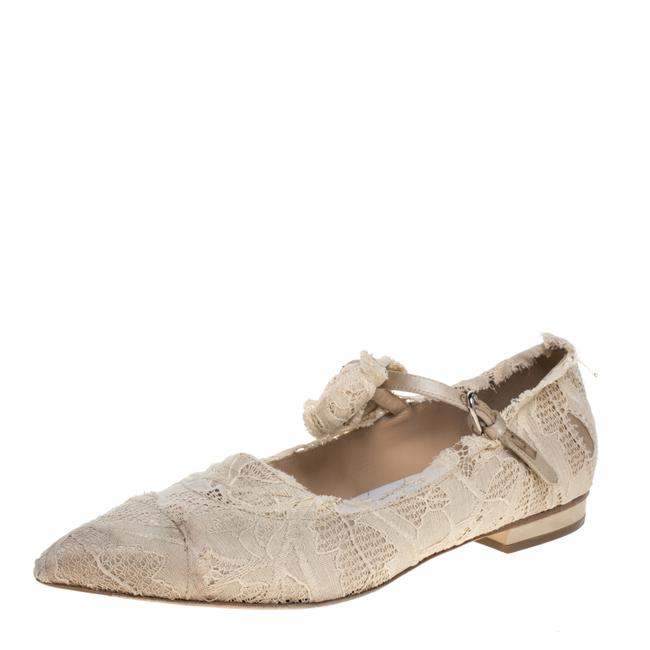 Item - Cream Lace Pointed Toe Ballet Size 40.5 Flats