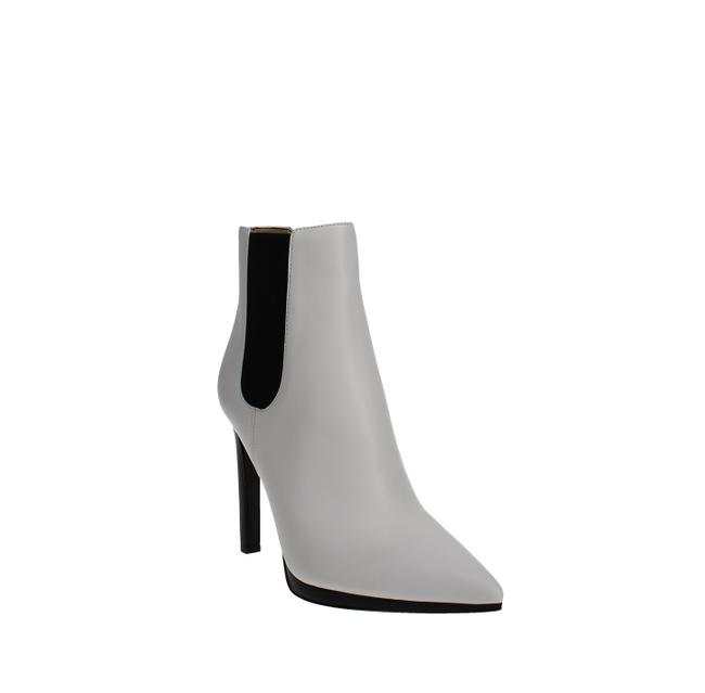 Item - Brielle Boots/Booties