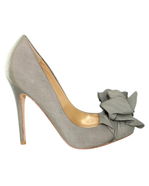 Item - Grey Pumps with Flower Accent Formal