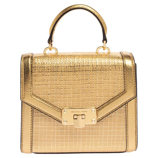 Item - Top Handle Bag XS Gold Woven Straw and Leather Kinsley Wristlet
