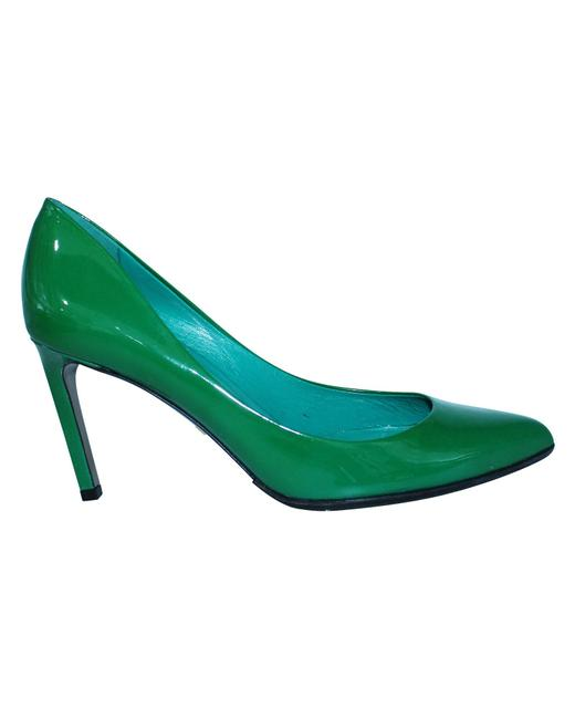 Item - Green Patent Leather Pointed Toe Heels Formal