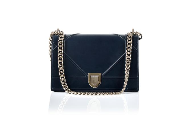 Item - Navy Smooth Lambskin ama Fuschia Interior Shoulder Bag
