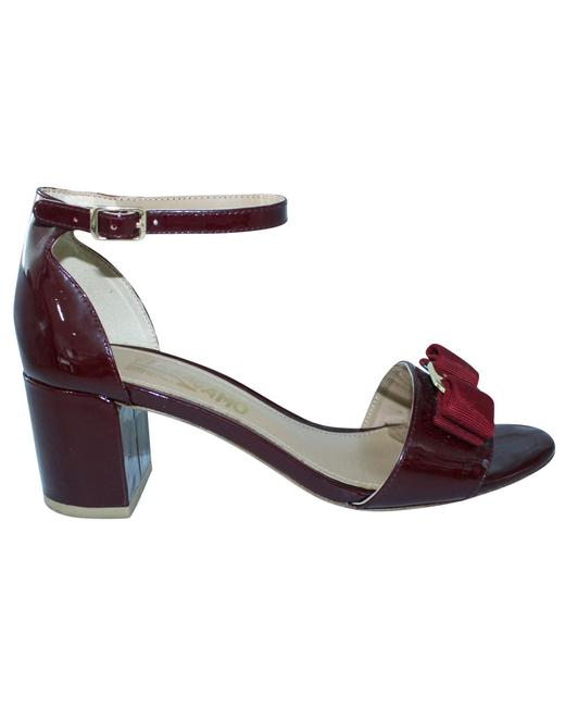Item - Burgundy Patent Leather Heels -pre Owned Condition Formal