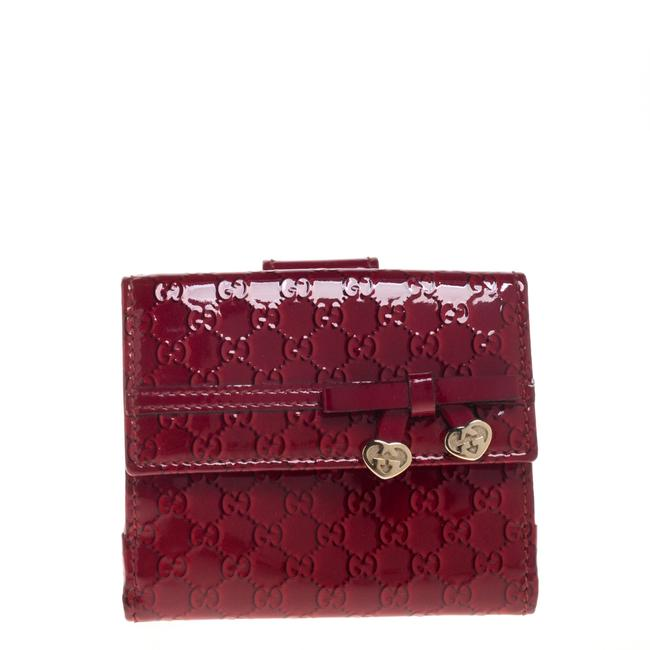 Item - Red Microguccissima Patent Leather Bow Heart Compact Wallet