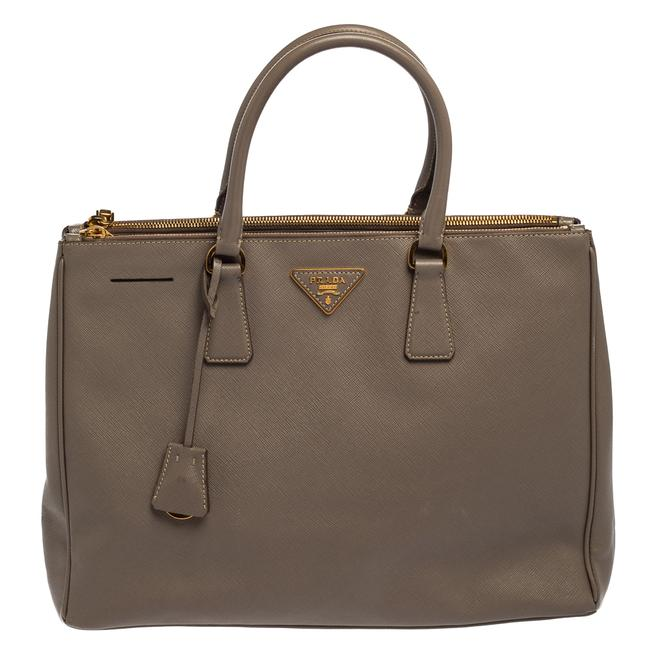 Item - Bag Galleria Double Lux Grey Saffiano Leather Zip Tote