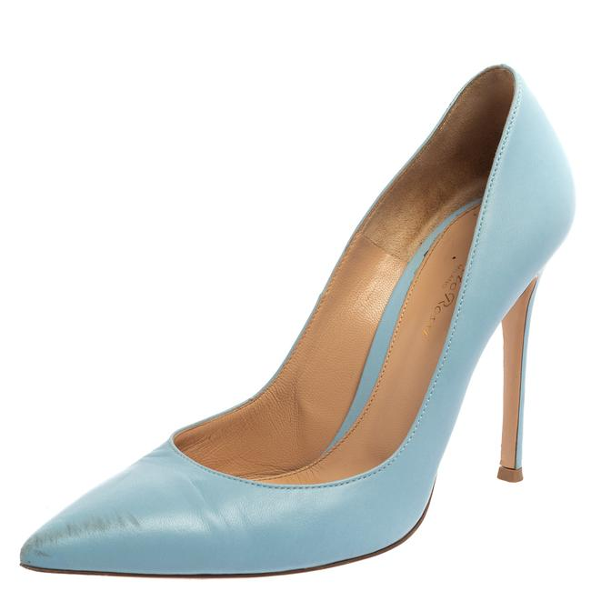 Item - Blue Leather Pointed Size 40 Pumps