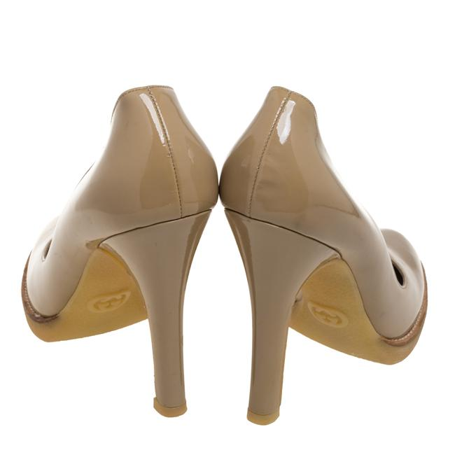 Gucci Beige Patent Leather Slip On Size 39 Pumps Gucci Beige Patent Leather Slip On Size 39 Pumps Image 5