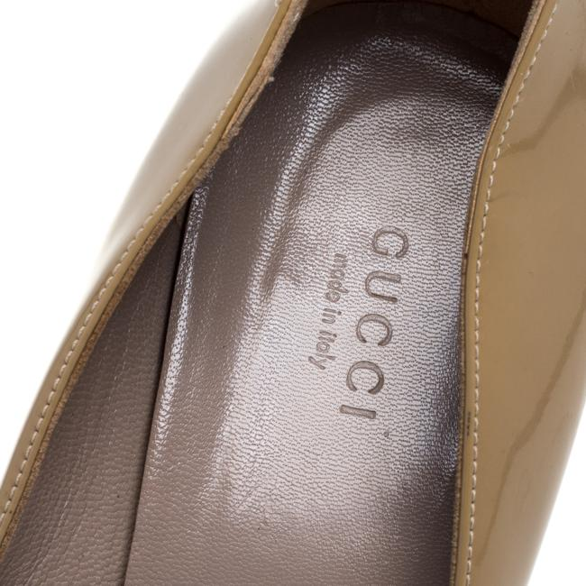Gucci Beige Patent Leather Slip On Size 39 Pumps Gucci Beige Patent Leather Slip On Size 39 Pumps Image 7