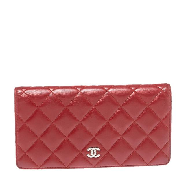 Item - L Red Quilted Leather Yen Continental Wallet