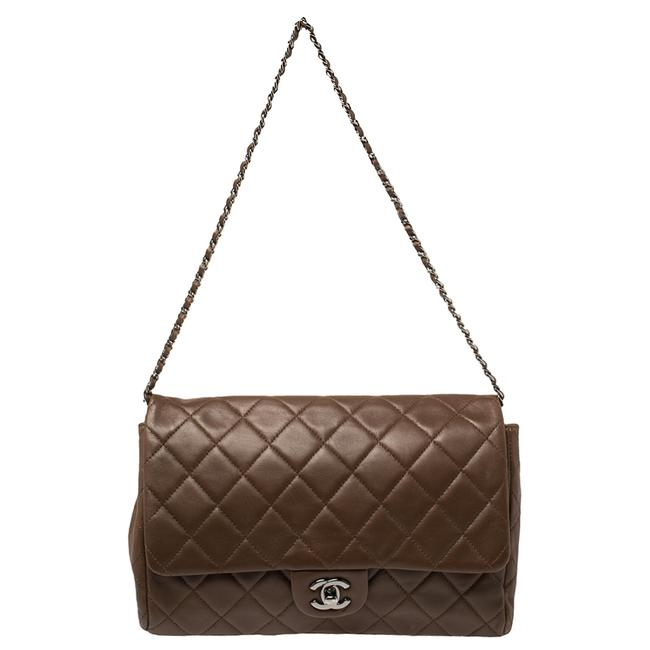 Item - Classic Flap Brown Quilted Leather Single Shoulder Bag