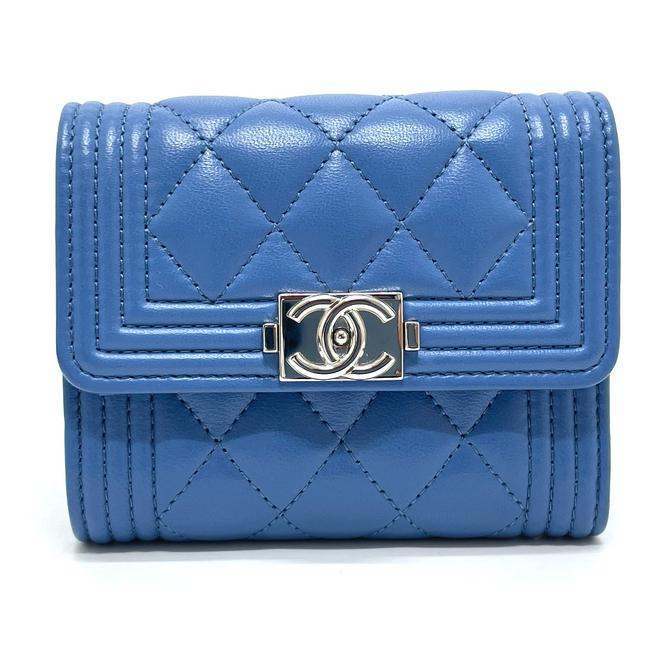 Item - Boy A84432 Cc Compact Tri-fold Blue Wallet