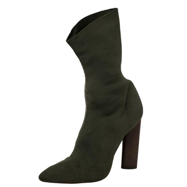 Item - Season 2 Green Fabric Pointed Toe Size 38 Boots/Booties