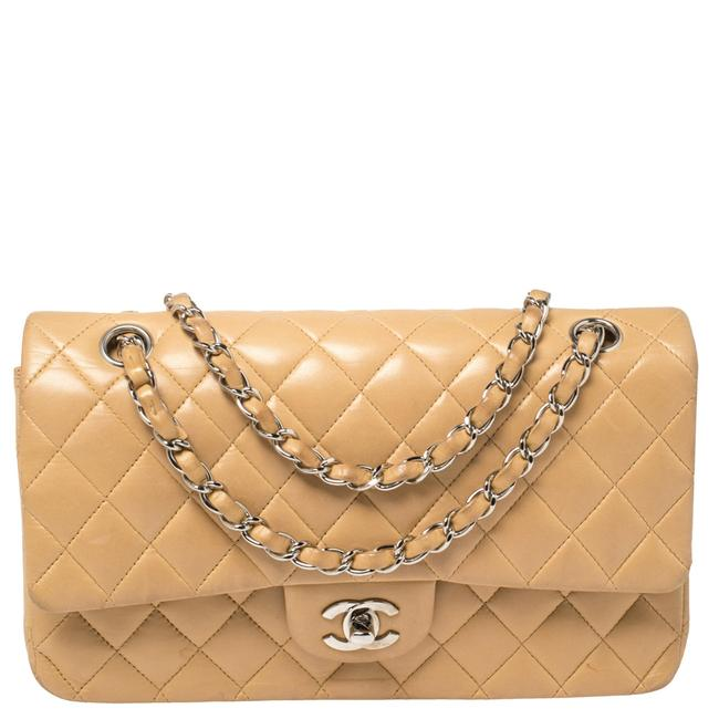 Item - Classic Flap Quilted Leather Medium Classic Double Shoulder Bag
