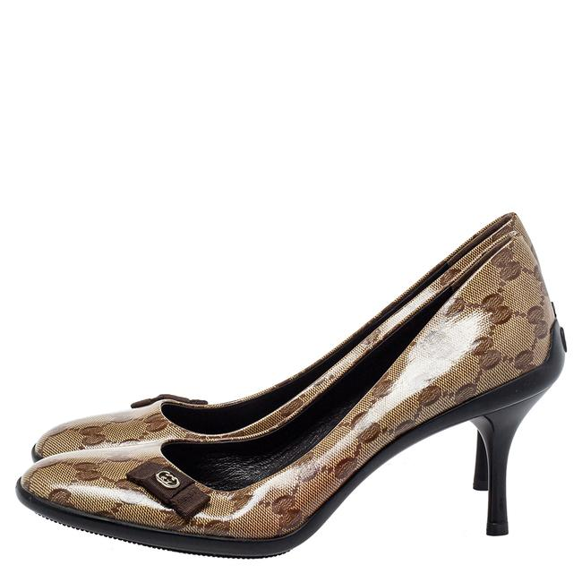 Gucci Brown/Beige Gg Crystal Canvas Bow Round Size 39 Pumps Gucci Brown/Beige Gg Crystal Canvas Bow Round Size 39 Pumps Image 4