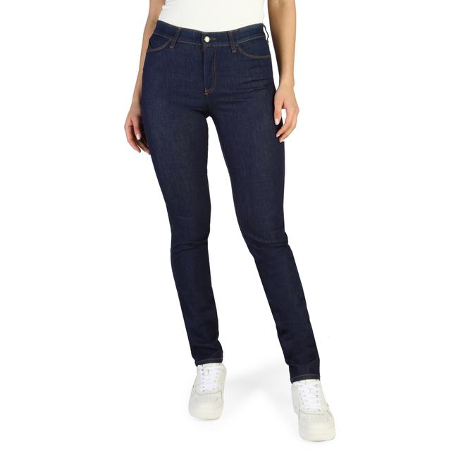 Item - Womens Relaxed Fit Jeans
