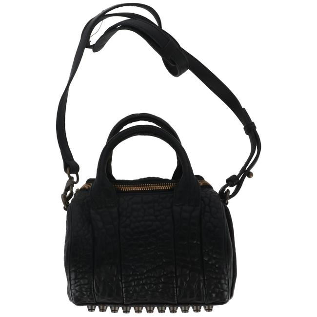 Item - Women's In Black Cross Body Bag