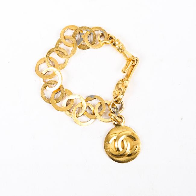Item - Vintage Gold Tone Hammered Chain Cc Logo Jewelry